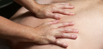 Massage_Hands_420x200